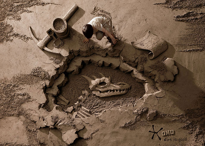OMO washing detergent: Archaeologist
