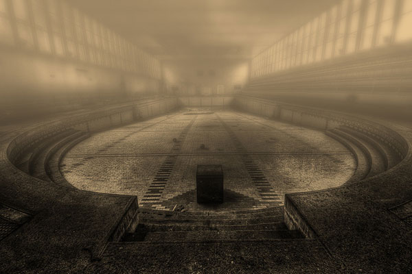 Foggy Bath by klickertrigger