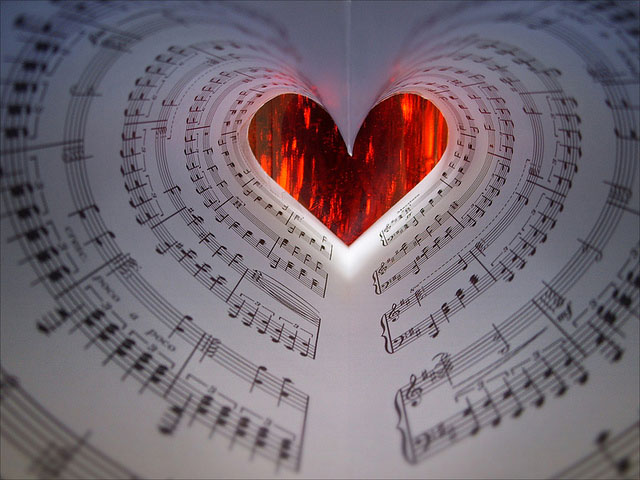 Singing Heart by Dragan*