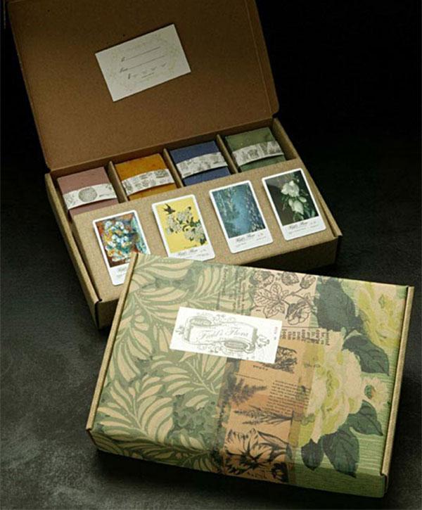 Field's Flora Art Cards