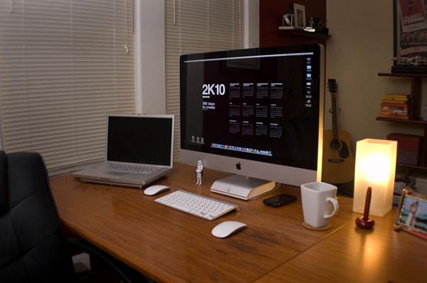 27 inspiring workspaces that will make you rethink yours web graphic design bashooka. Black Bedroom Furniture Sets. Home Design Ideas