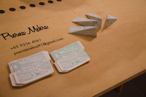 3D Tetrahedron Business Cards