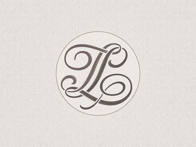 Stencilled »TL« Monogram ...
